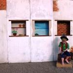 51 - Bambino che intaglia il legno - Enrico Comerio