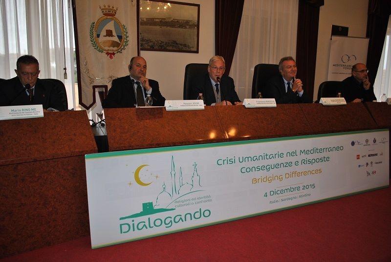 Dialogando – Crisi umanitarie, dialogo e cooperazione per superarle